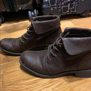 Dark brown fall boots